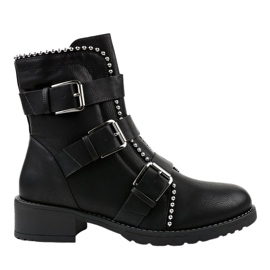Black flat insulated boots Z149