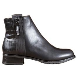 Erynn Boots With A Decorative Zipper black