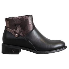 VINCEZA boots