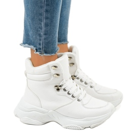 White women's insulated sneakers C-3132