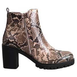 Seastar Boots on the Snake Print Platform brown