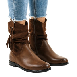 Brown insulated flat women's boots 2956