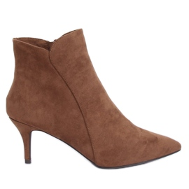 Brown Boots on a low heel brown K1906806 Taupe