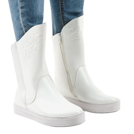 White sneakers insulated boots HX5187-5