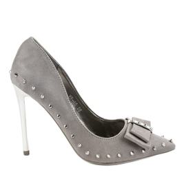 Gray pumps on the NF-05 heel grey