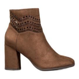 Kylie Elegant Brown Boots