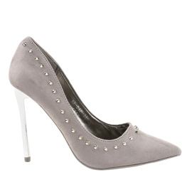 Gray pumps on the NF-04 heel grey