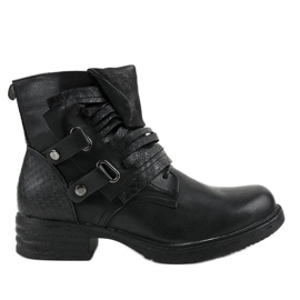 Black flat insulated boots FM563