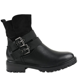 Black flat insulated boots M386