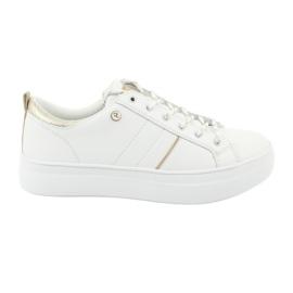 American Club RH09 white sports sneakers
