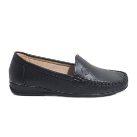 Black loafers on the wedge 8-01