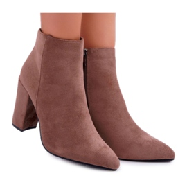 FW1 Women's Boots on the Post Suede Khaki Sharks