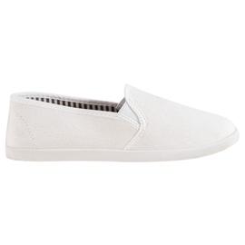 SHELOVET Comfortable Slip-On Sneakers white