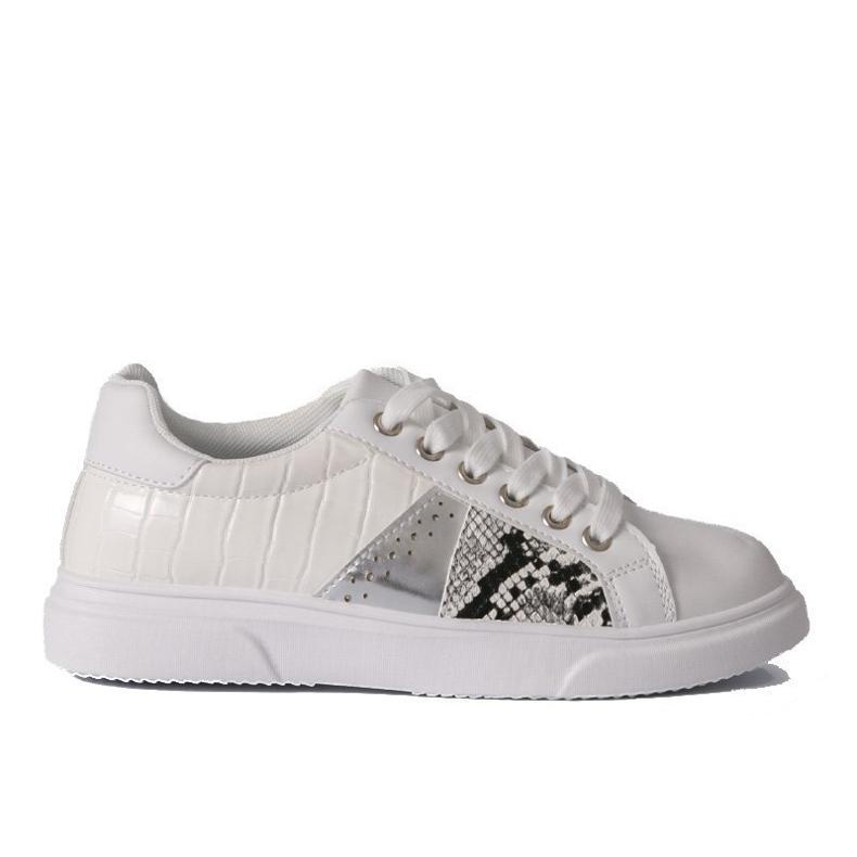 White stylish women's sneakers BK928-9