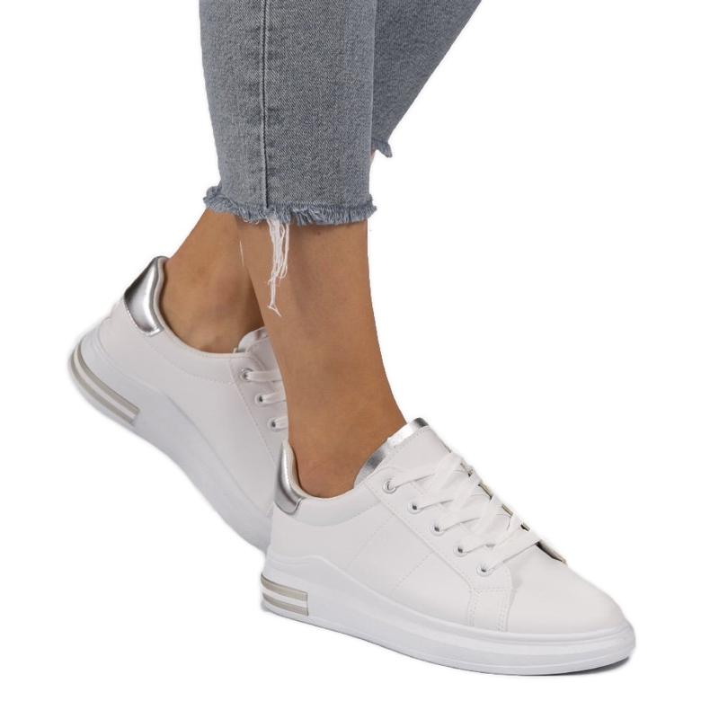 LG20 white classic sneakers silver grey