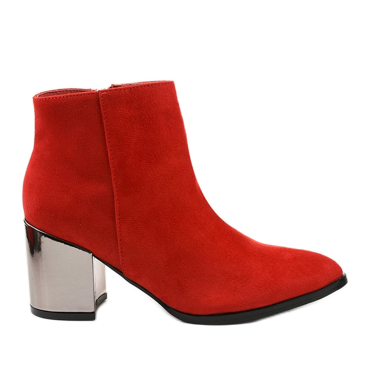 Red ankle boots made of Astihusa eco-suede