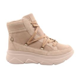 Kylie Crazy Women's Sneakers Beige Snow boots Missy