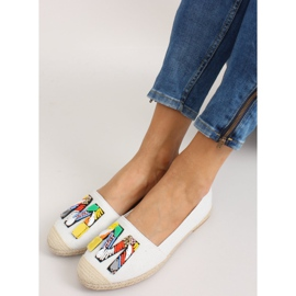 Espadrilles with colorful beads H8-58 White 7