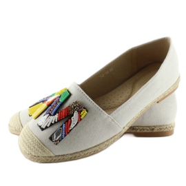 Espadrilles with colorful beads H8-58 White 3