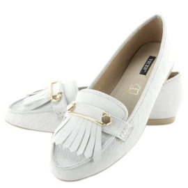 Moccasins in vintage style 3052 White 2