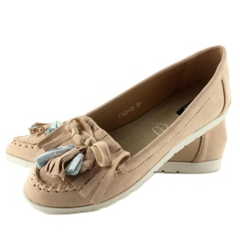 Suede loafers with 7122 Pink tassels brown 1