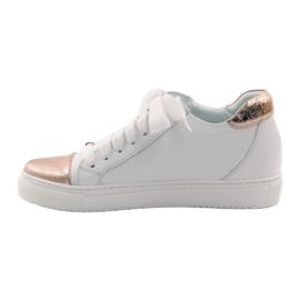 Women's sports shoes Badura white copper 1