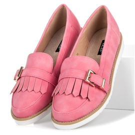Vices Moccasins with an ornate buckle pink 5