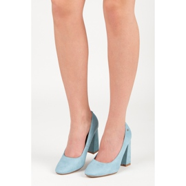 Vices Blue pumps on the post 1