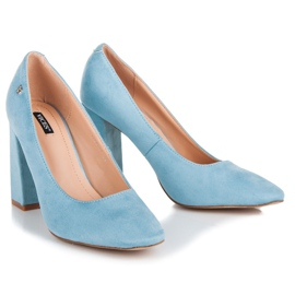Vices Blue pumps on the post 5