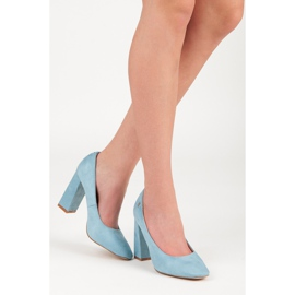 Vices Blue pumps on the post 2