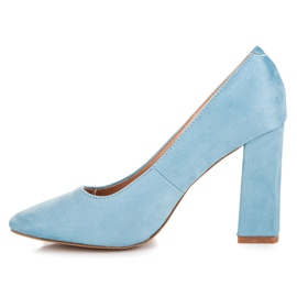 Vices Blue pumps on the post 3