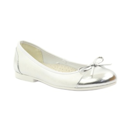 American Club Ballerinas shoes with an American bow white 1