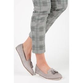 Seastar Stylish footwear in the spring grey 2