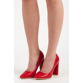 Red classic pumps 1