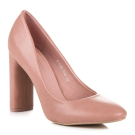 Ideal Shoes Pink pumps on the post 5