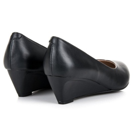 Pumps on wedge vices black 2