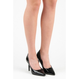 Lacquered pumps on a pin black 4