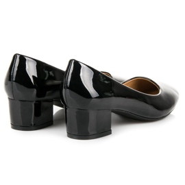 Lovery Lacquered pumps with low heels black 4
