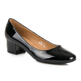 Lovery Lacquered pumps with low heels black 2