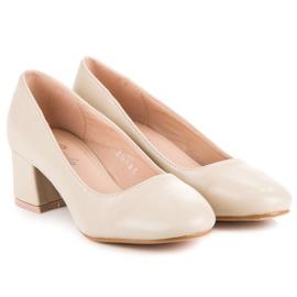 Renda Beige pumps with low heels 1