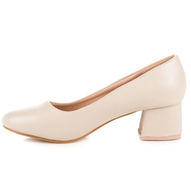 Renda Beige pumps with low heels 3