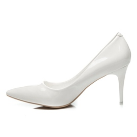 Comer Stylish lacquered heels white 3