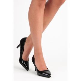 Vinceza Black patented pumps 2