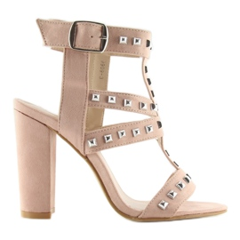 Sandals on the post with pink studs 9909-3 6