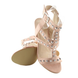 Sandals on the post with pink studs 9909-3 1