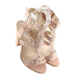 Sandals on the post with pink studs 9909-3 5