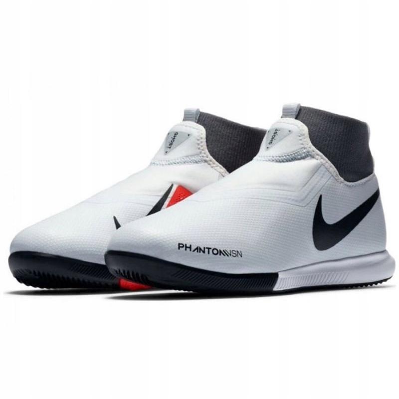 Nike Phantom Vsn Academy indoor shoes