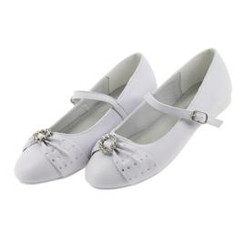 Ballerinas with communion rhinestones American Club 12/19 white 3