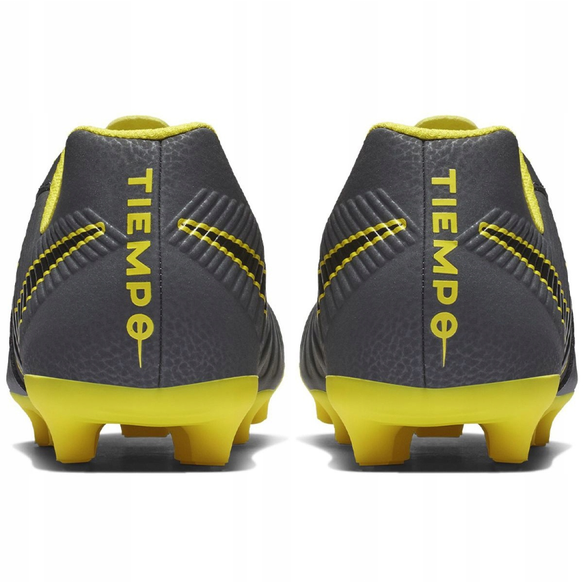 new arrivals c7f83 8e7a1 Football shoes Nike Tiempo Legend 7 Club Mg Jr AO2300-070