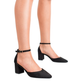 Small Swan Pumps Fastened with a Buckle black 3